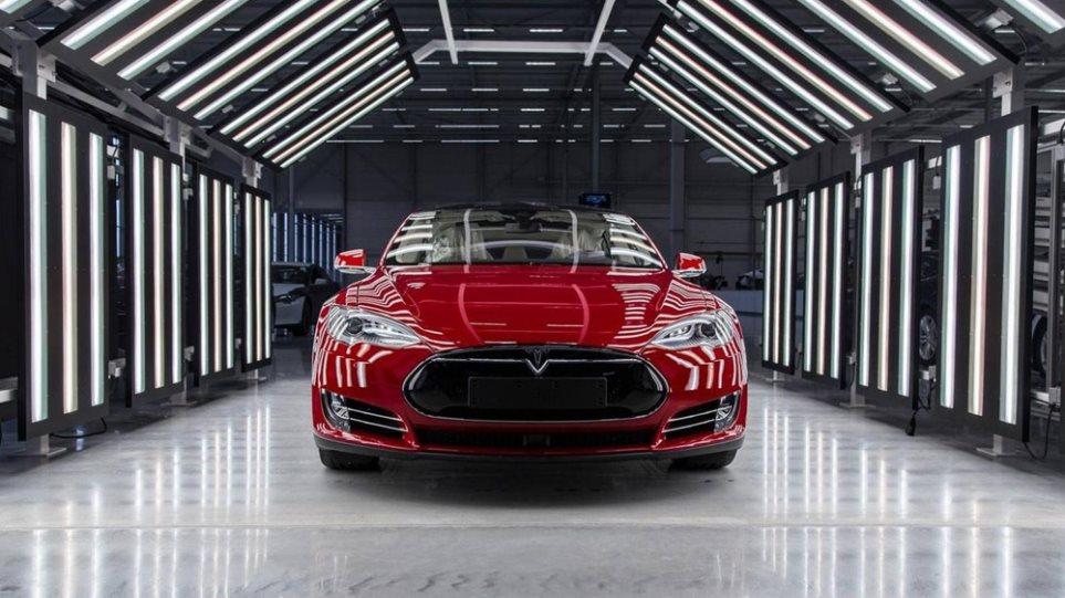 200214111203_Tesla-plant