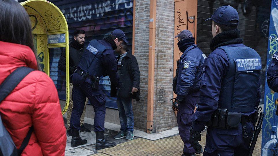 Σε εφαρμογή το σχέδιο της ΕΛΑΣ: Αστυνομικοί έχουν κατακλύσει το κέντρο της Αθήνας