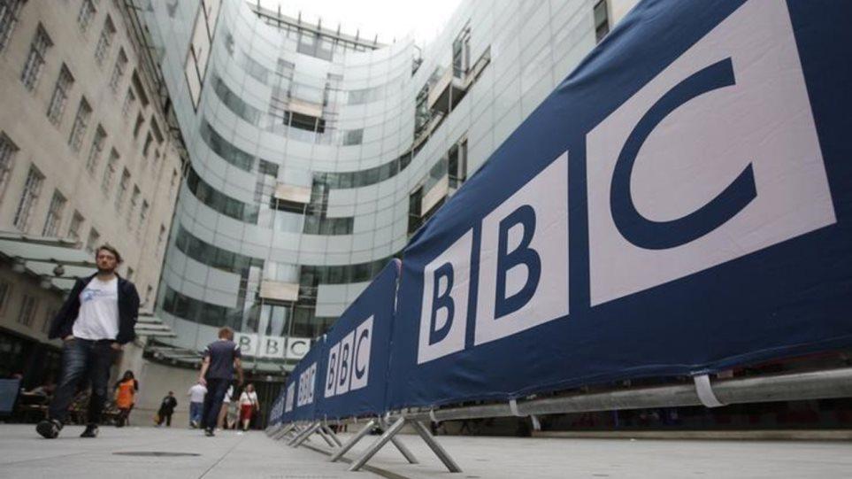 andres-parousiastes-tou-bbc-meiwsan-monoi-tous-ton-mistho-tous_w_hr