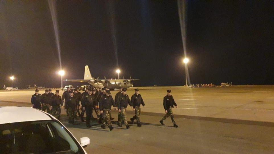 Μεταναστευτικό: Αναχώρησαν για τον Έβρο οι 22 Κύπριοι αστυνομικοί