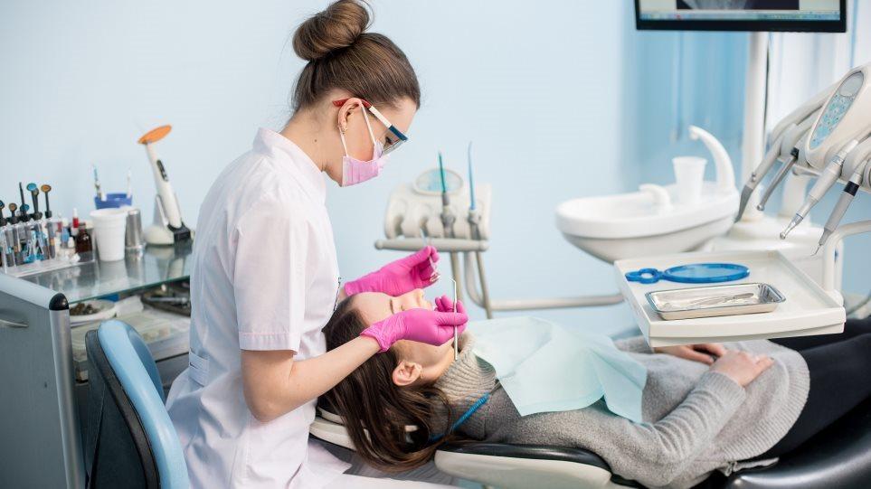 Odontiatroi