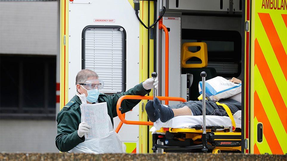 Κορωνοϊός: Μεγαλώνει η τραγική λίστα και στη Βρεατανία - 563 θάνατοι το τελευταίο 24ωρο