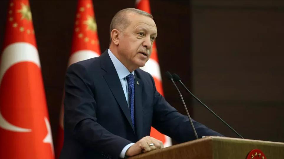 Τουρκία: Ο Ερντογάν ελευθερώνει χιλιάδες κρατούμενους