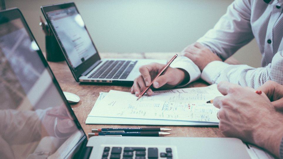 Εργασία - Μέτρα: Ποιες οι νέες αμοιβές μετά την επιδότηση του 60% - Παραδείγματα