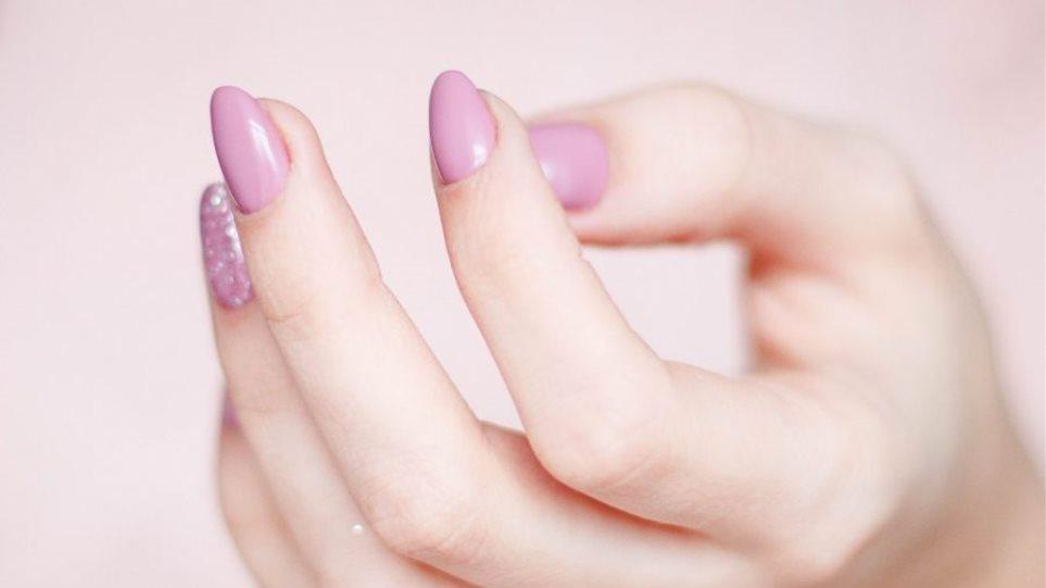 2020_05_20_14_33_39_nails-900x676