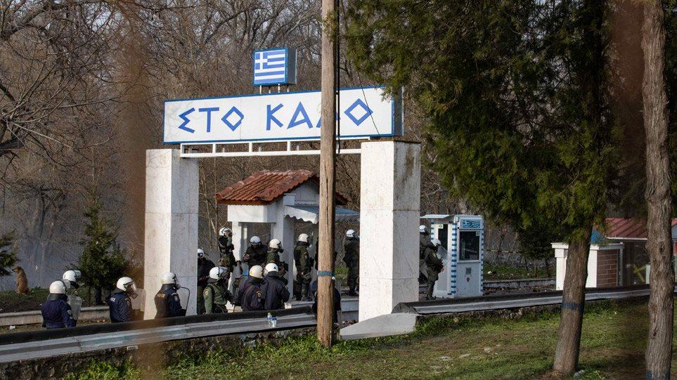 Έβρος: Η Ελλάδα προχωρά με τον φράχτη - Νέα πρόκληση από την Τουρκία για τις δηλώσεις Δένδια