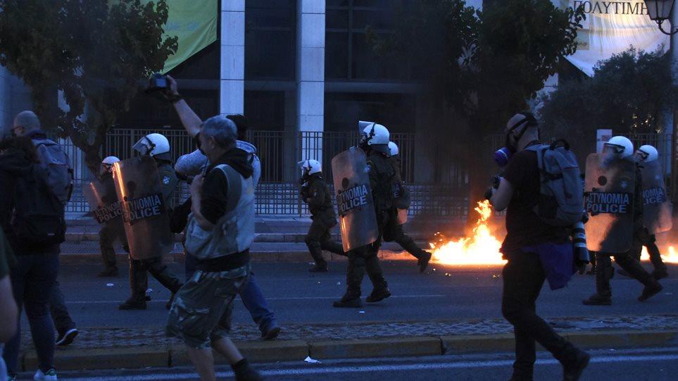 riots-0