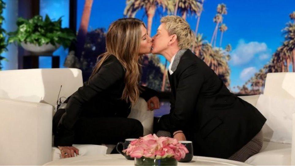 Ellen-DeGeneres-768x419