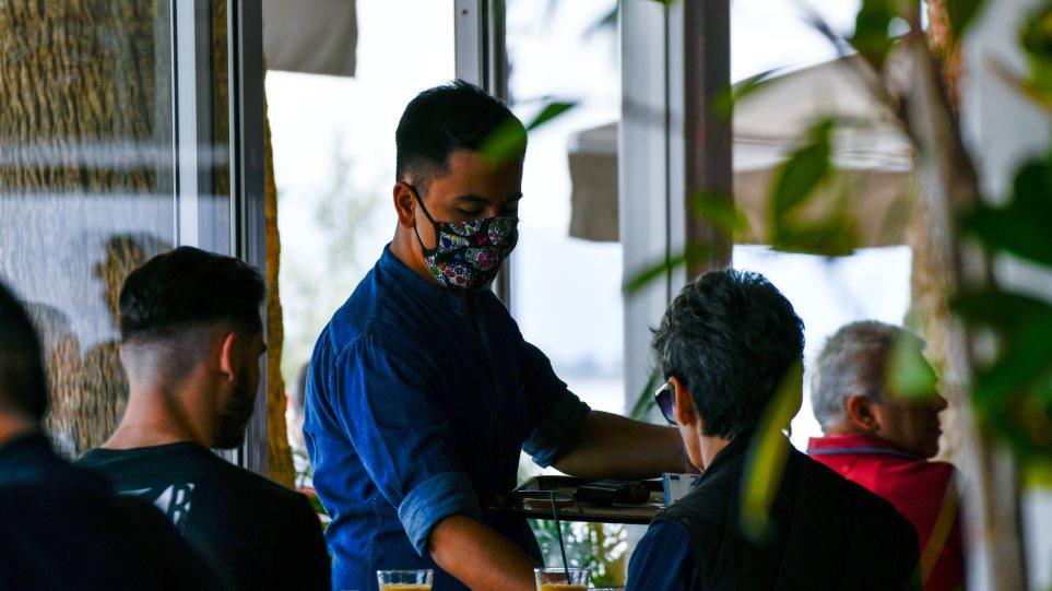 ΑΑΔΕ: Σε ρυθμούς COVID-19 άρχισαν οι 35.000 θερινοί έλεγχοι στην αγορά
