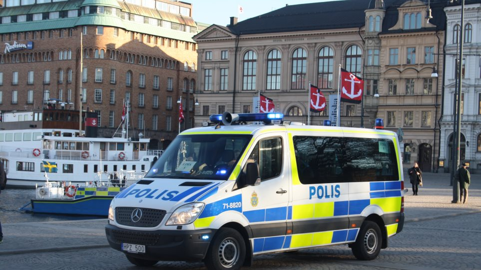 Swedish_Police_Car_April_29_2016_-_3