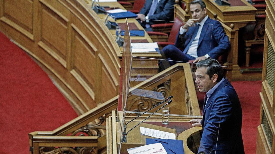 Μητσοτάκης: Λέτε ψέματα για το Eurogroup, εκλογές το 2023 - Τσίπρας: Πηγαίνετε στις κάλπες να δείτε τι θα πάθετε