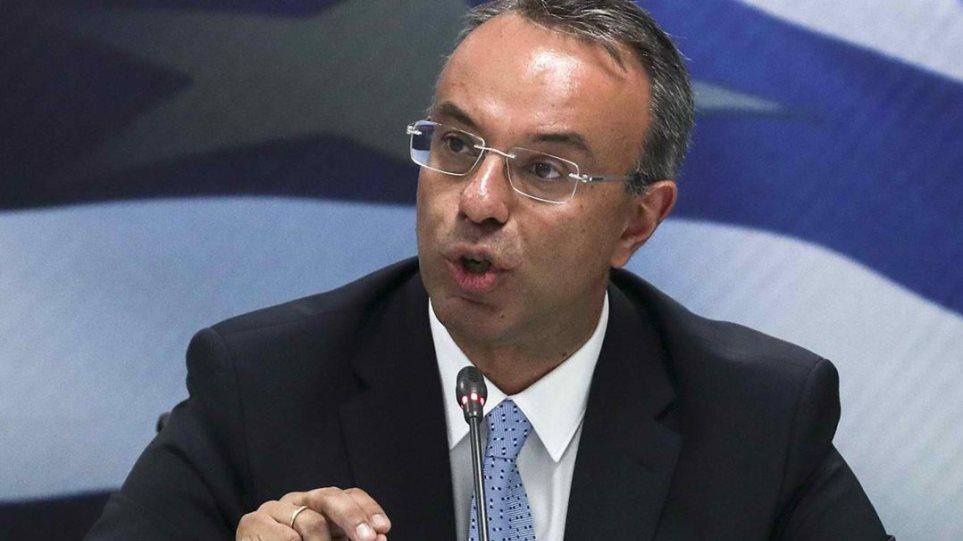 Σταϊκούρας: Σχέδιο για σταδιακή μείωση φορολογίας και εισφορών