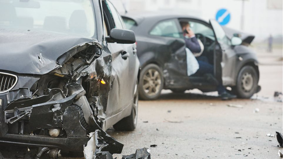 bigstock-car-crash-accident-on-street--214986415