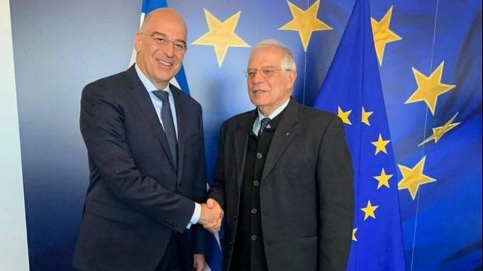Στις Καστανιές Έβρου με τον Νίκο Δένδια ο Ζοζέπ Μπορέλ – Στο επίκεντρο οι ευρωτουρκικές σχέσεις