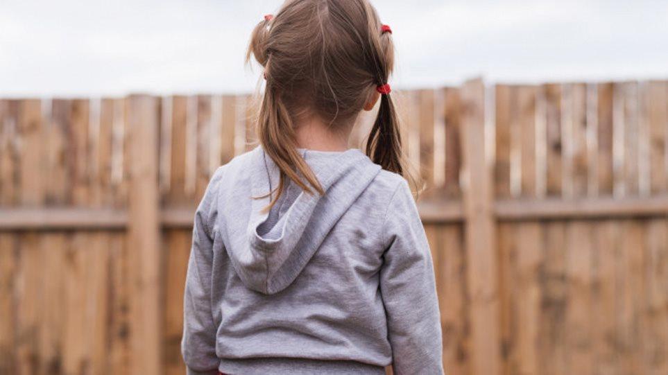 Το δράμα της 9χρονης που λιποθύμησε από την πείνα στη Ρόδο- «Μαμά έπρεπε να γίνει αυτό για να μας σκεφτούν;»