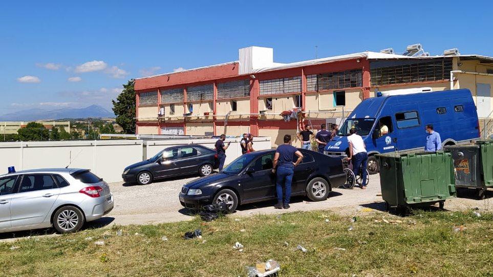 Θήβα: Μεγάλη επιχείρηση της δίωξης ναρκωτικών στην Δομή Μεταναστών - Δείτε φωτογραφίες