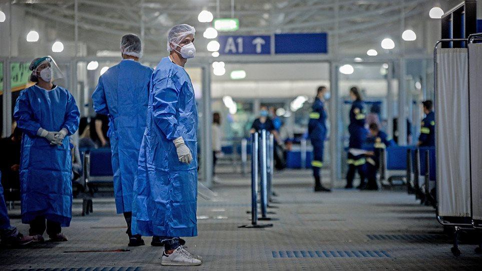 Σαρωτικοί έλεγχοι στους Βρετανούς θα δείξουν αν τα σύνορα θα μείνουν ανοιχτά
