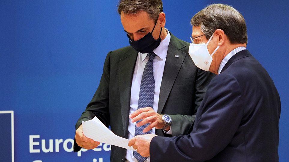 Σύνοδος Κορυφής: Παράταση και νέες διαπραγματεύσεις σήμερα