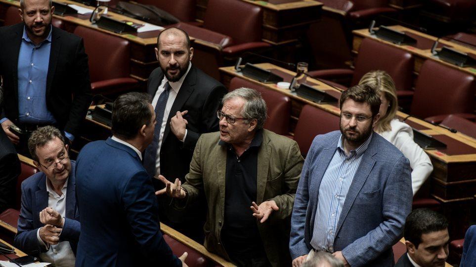 O Μάρκου του ΣΥΡΙΖΑ αρνήθηκε να παραιτηθεί από το Κεντρικό Συμβούλιο Υγείας μετά τη χυδαία συμπεριφορά του