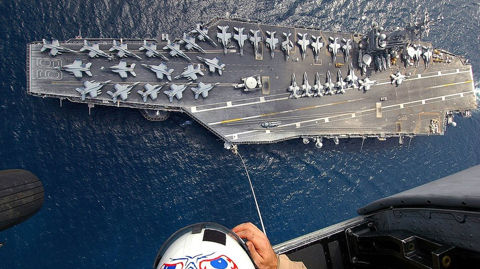 Eisenhower-america-ship-maketa-arthrou