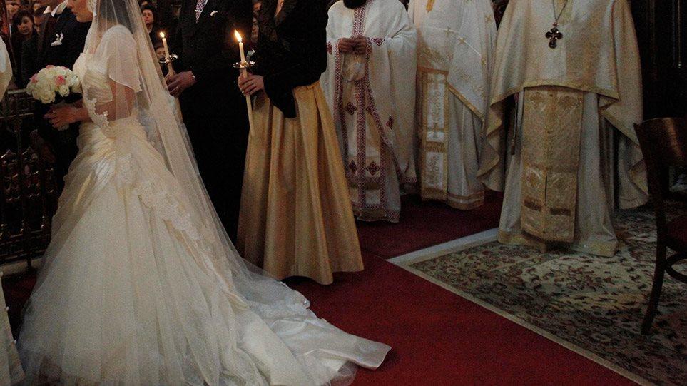 Ο Ιερώνυμος, οι γάμοι και ο Αμβρόσιος: Η Εκκλησία και πάλι στο επίκεντρο της κριτικής για την πανδημία