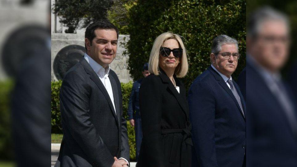 tsipras-fofi-koutsoympas