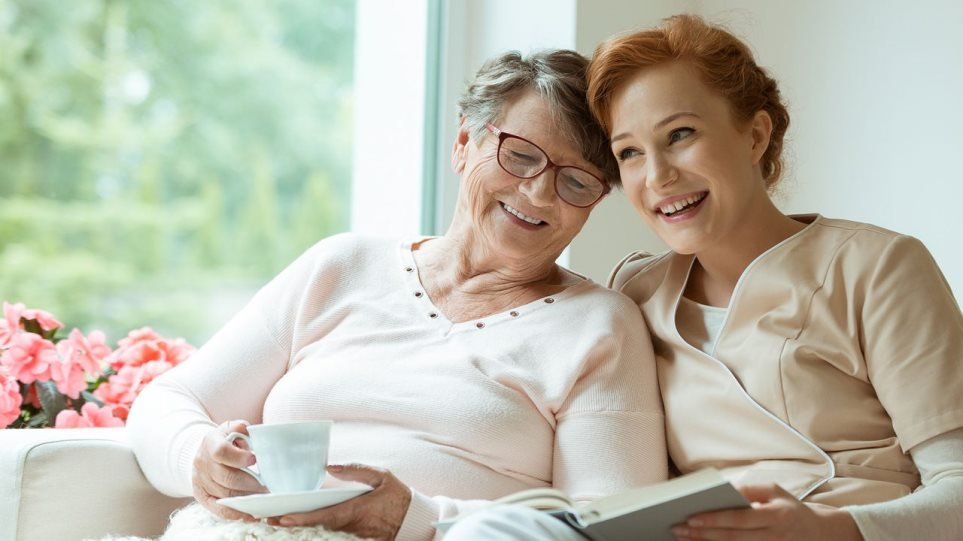 200826154822_Elderly_Women_Smile-1280x720