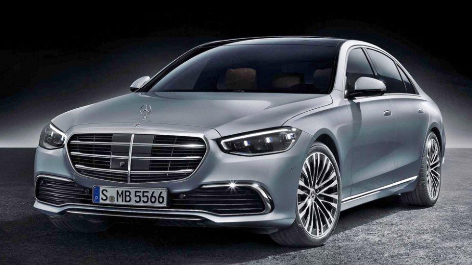 Mercedes_Sedan_1