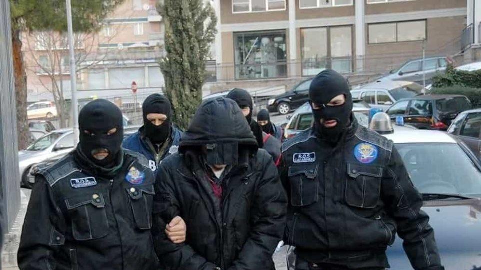 lo_spiet_ato_carabinieri