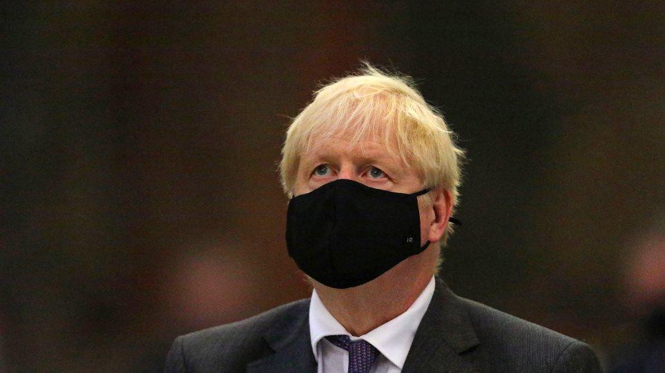 boris-johnson-mask