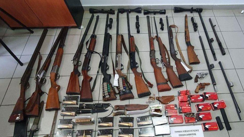Οπλοστάσιο και εκατοντάδες σφαίρες σε σπίτι στο Κιλκίς