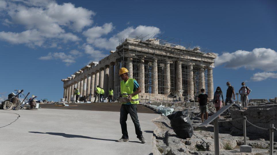 ΑμεΑ για το «τσιμέντο» στην Ακρόπολη: Το υπ. Πολιτισμού έλυσε τον γόρδιο  δεσμό του αποκλεισμού μας από τον Ιερό Βράχο