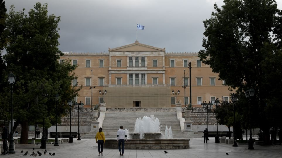 syntagma_lockdown
