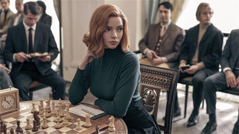 __The-Queens-Gambit-_077R
