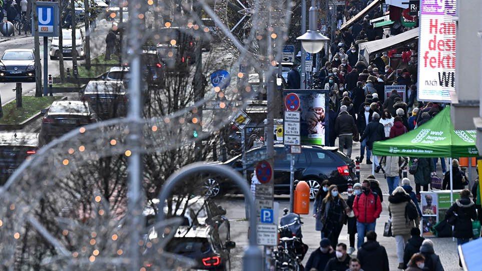 BERLIN_CROWD_2