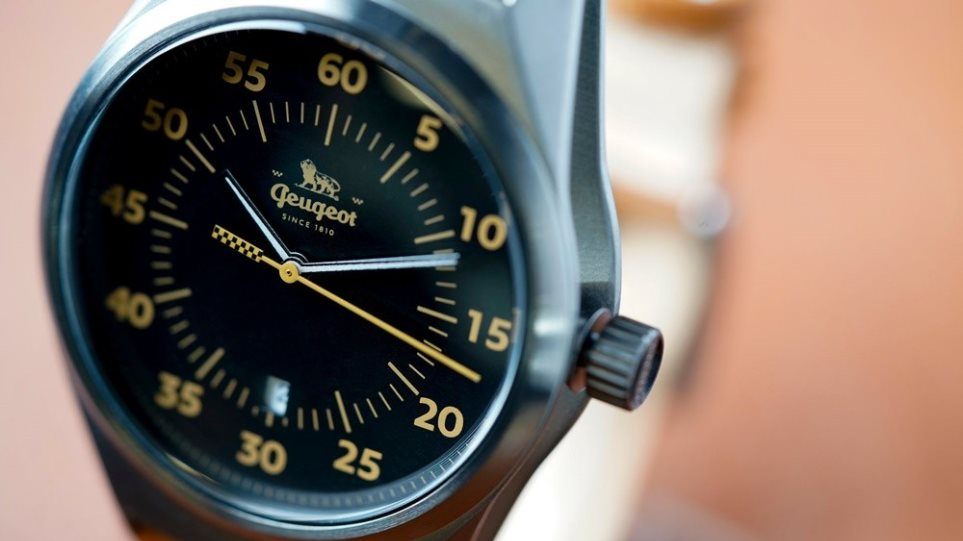 201221114325_Peugeot-Watch-1