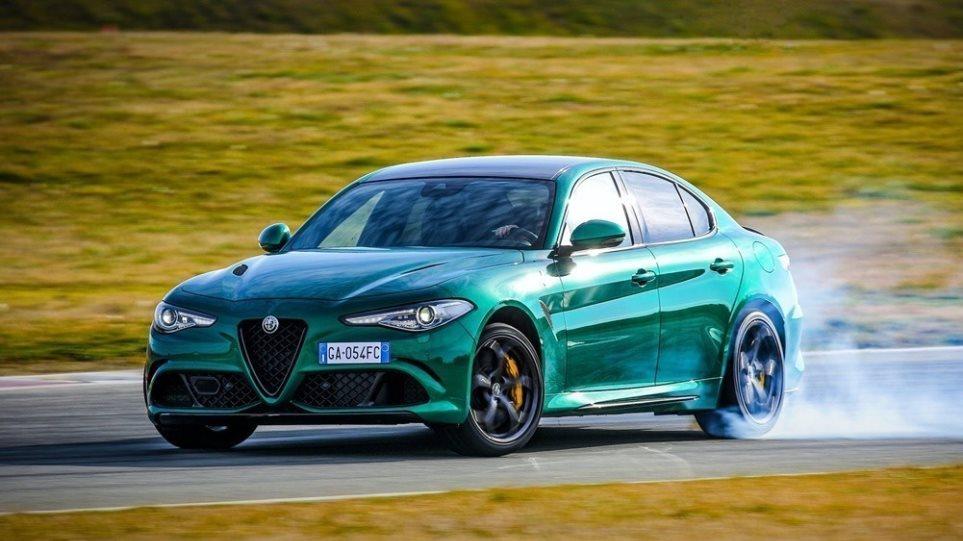 Alfa-romeo-giulia-quadrifoglio_top_speed