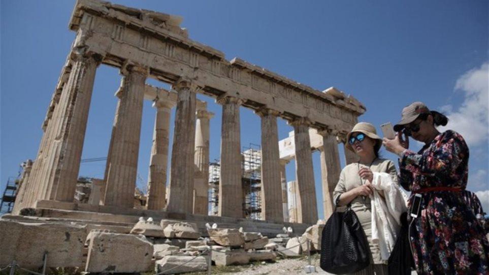 touristes_kinezoi_akropoli