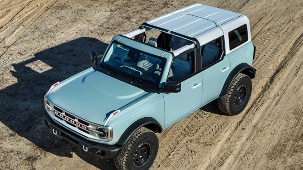 Ford_Bronco_Heritage_Edition__2_