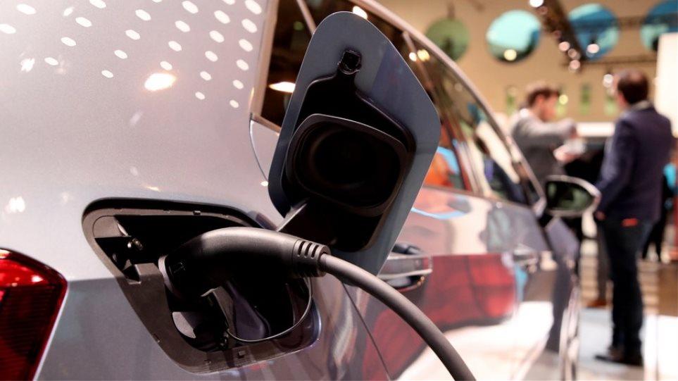 charging-vehicle