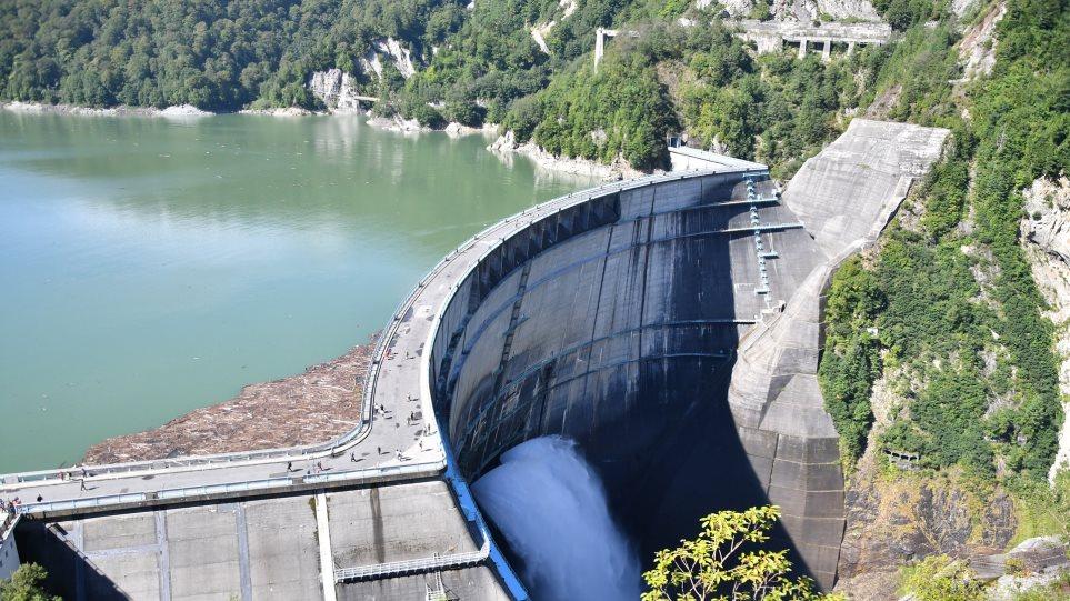water_dam