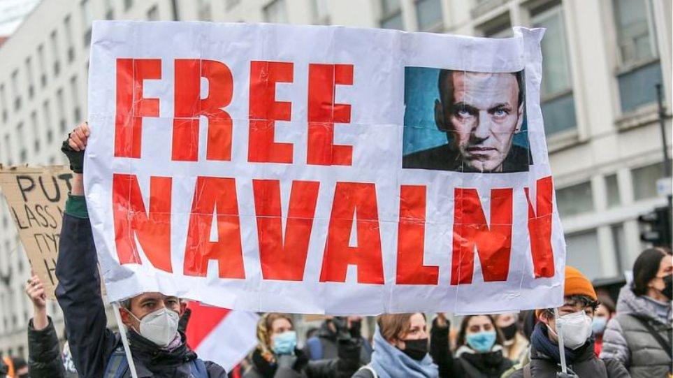 free_navalny12
