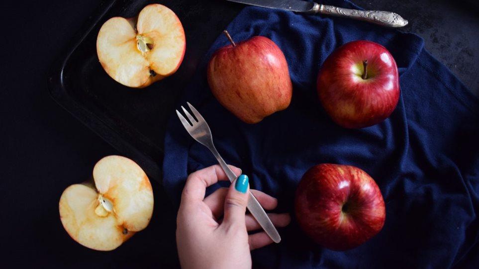 210219163234_apples-1280x720