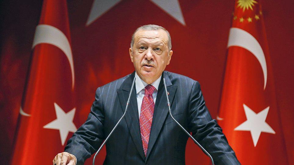 Ο Ερντογάν «άλλαξε» την ονομασία του Αιγαίου σε... «θάλασσα των νησιών»!