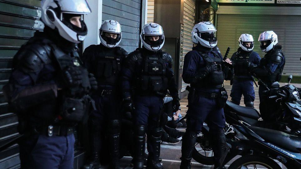 POLICE-0