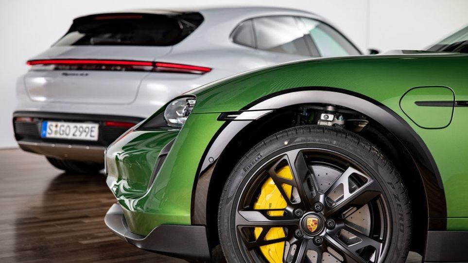 Porsche_Taycan_series