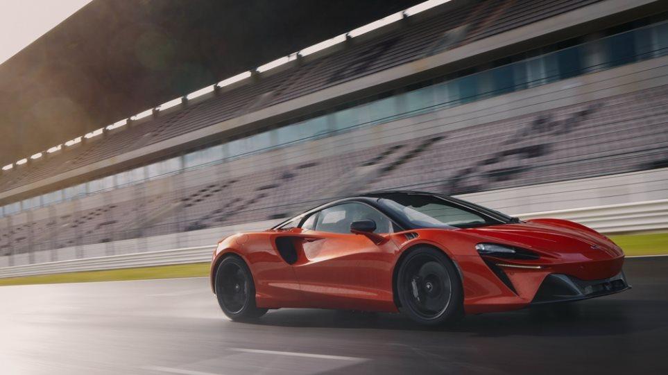 McLaren_Artura