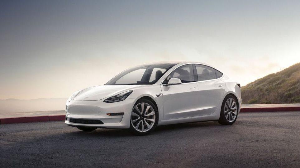 210319112640_Tesla-1