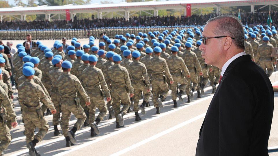Τουρκία: Εισαγγελική έρευνα και φωνές για πραξικόπημα μετά την επιστολή των 103 κεμαλικών ναυάρχων