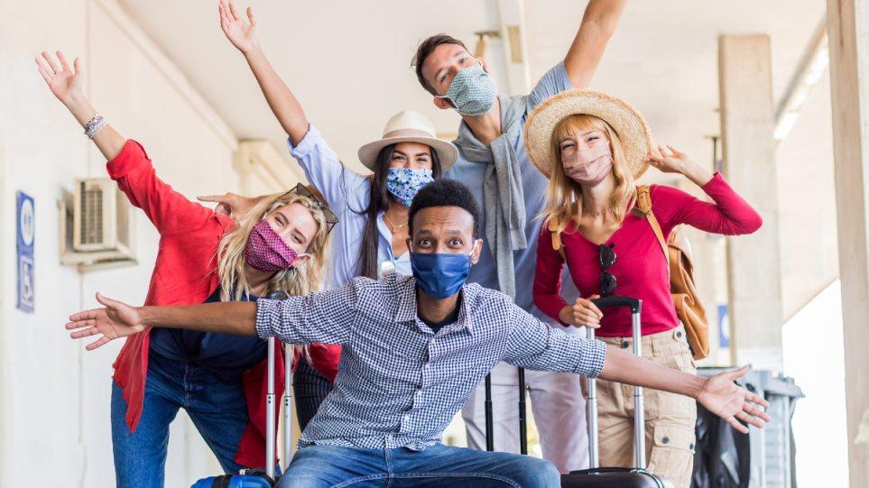 210401204055_coronavirus_mask_happy